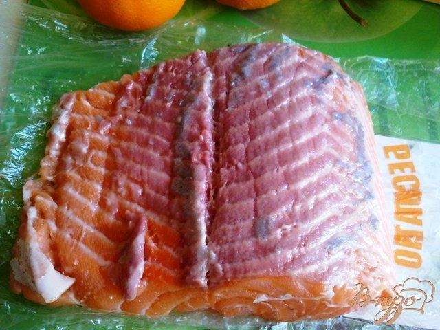 Фото приготовление рецепта: Семга слабосоленая. шаг №2