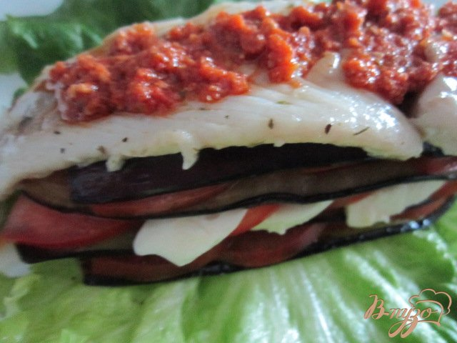 Фото приготовление рецепта: Филе скумбрии с овощами шаг №6