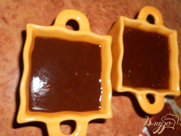 Фото приготовление рецепта: Домашнее шоколадное масло шаг №3