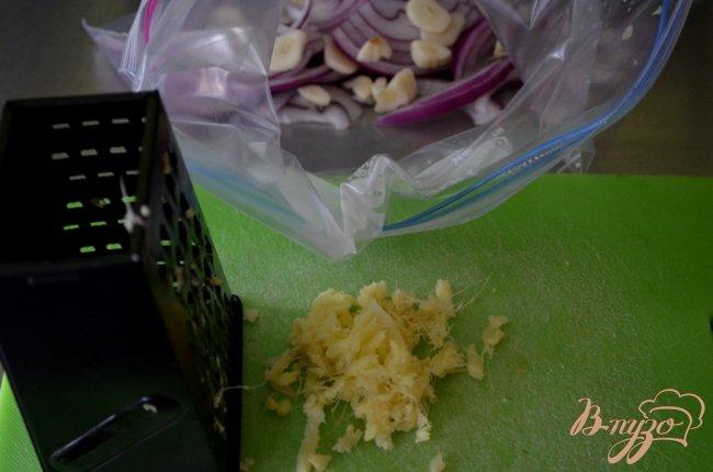 Фото приготовление рецепта: Куриные бедрышки с имбирем шаг №1