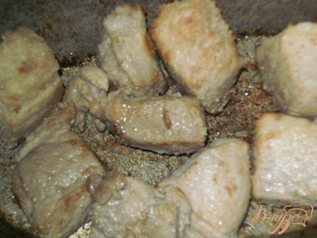 Фото приготовление рецепта: Жаркое из свинины с картофелем шаг №2