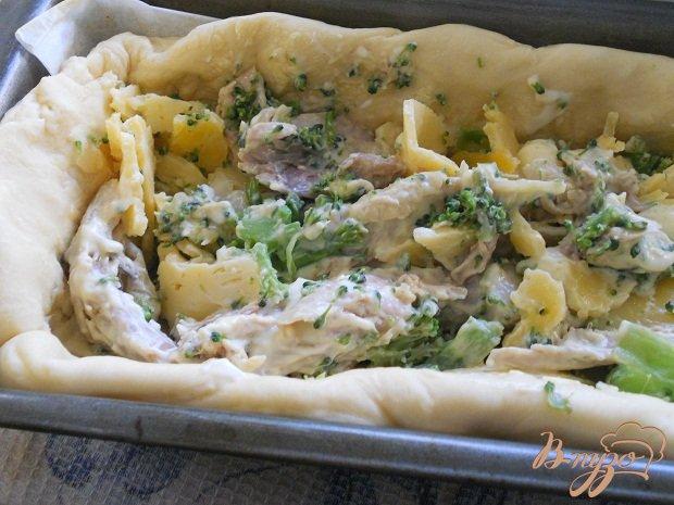 Фото приготовление рецепта: Мясной пирог шаг №3