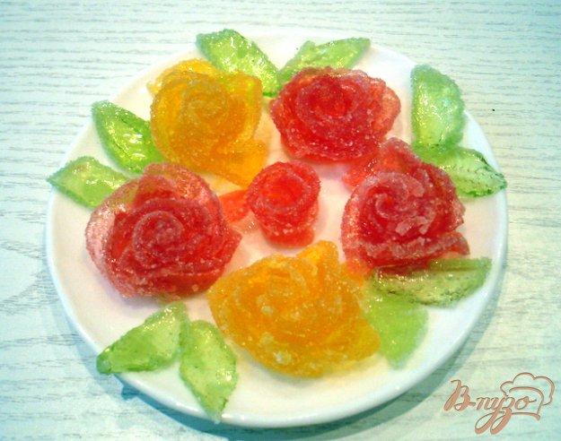 фото рецепта: Розочки из мармелада (для украшения тортов)