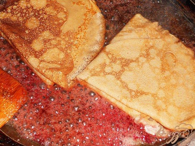 Фото приготовление рецепта: Фламбированные блинчики шаг №2