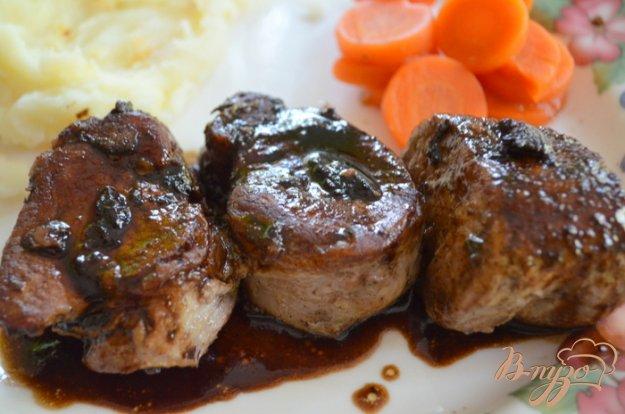 Рецепт Свинина в бальзамическом соусе с розмарином