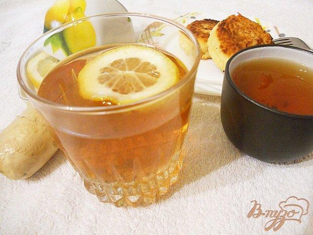 Фото приготовление рецепта: Чай с розмарином, лавандой и имбирем шаг №4