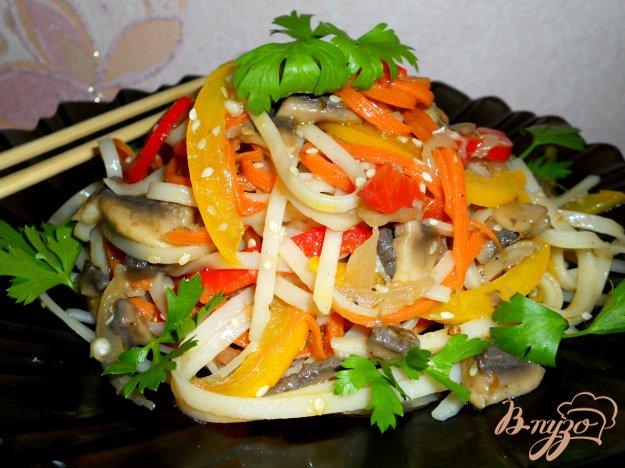 Рецепт Китайский салат с рисовой лапшой