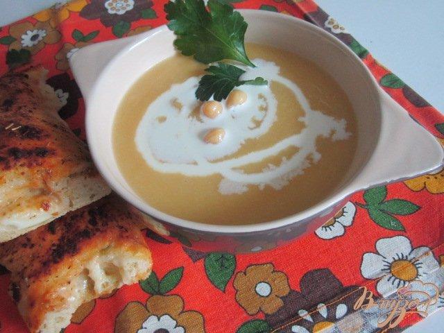 Фото приготовление рецепта: Суп-пюре из желтой репы и гороха нут шаг №5