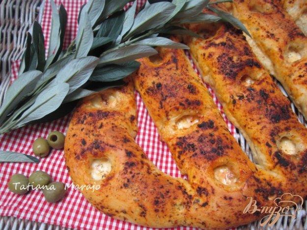 Рецепт Фугасс с зелеными оливками и моцареллой