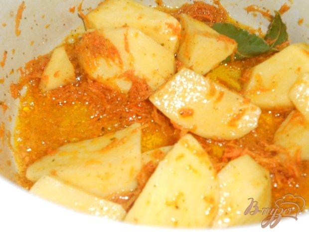 Фото приготовление рецепта: Суп с фрикадельками шаг №2