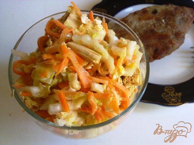 фото рецепта: Салат со спаржей и пекинской капустой