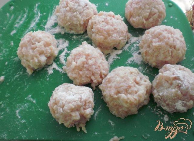 Фото приготовление рецепта: Густой суп с фрикадельками шаг №1
