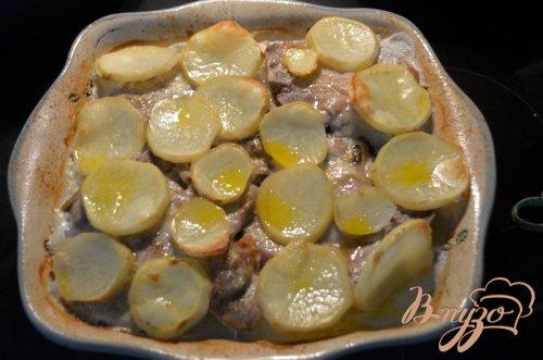 Тушеные свиные отбивные с овощами на молоке