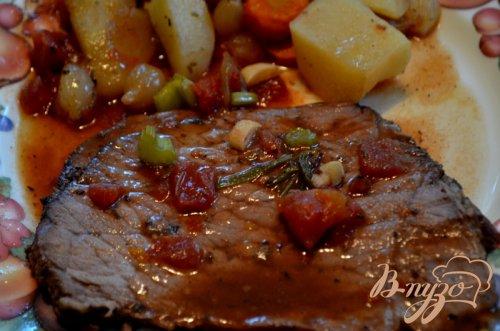 Тушеное мясо с беконом