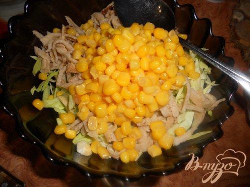Салат с гречневыми блинчиками