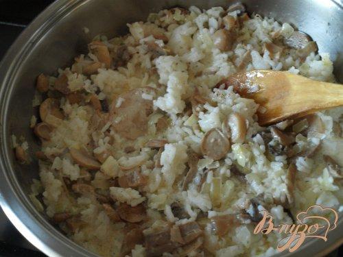 Рисовая запеканка с резанными шампиньонами