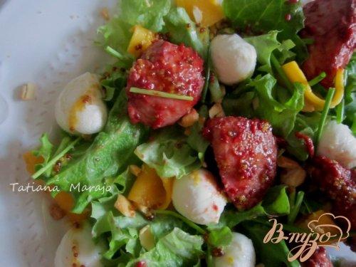Теплый салат с куриным мясом