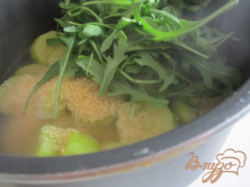 Кабачковый суп с рукколой