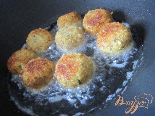 Закусочные шарики из гороха нут