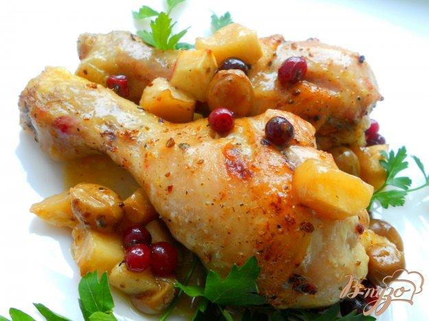 Рецепт Ножки куриные, запеченные с ягодами и фруктами