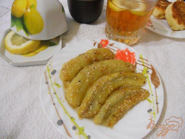 Рецепт Сырники с жареными бананами в кунжуте