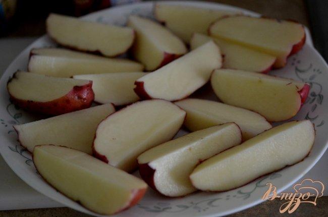 Фото приготовление рецепта: Лучшие картофельные дольки шаг №1