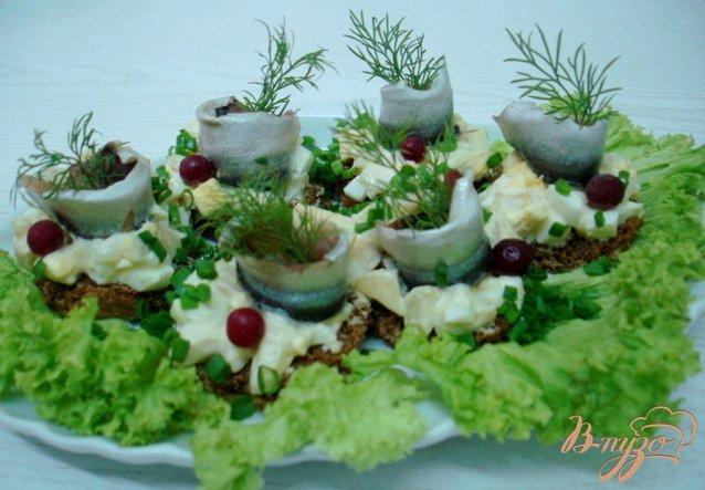 Фото приготовление рецепта: Салат  с килькой шаг №8
