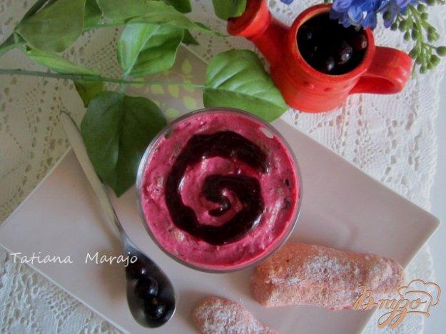 Рецепт Мини-шарлотки с кремом из черной смородины