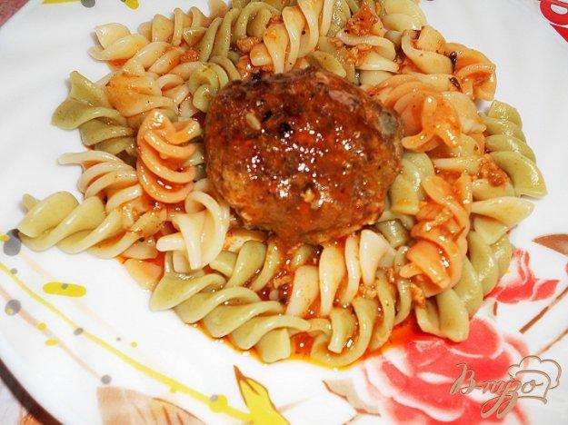 Рецепт Говяжьи котлетки тушенные в сливочно - томатном соусе