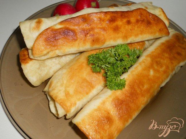 Фото приготовление рецепта: Хрустящий лаваш с мясной начинкой шаг №5
