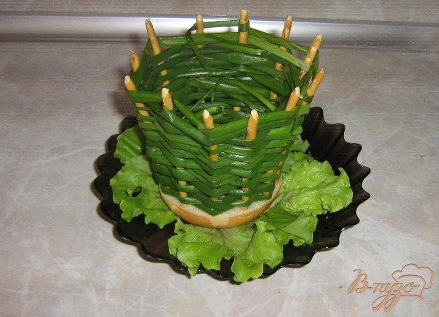 Фото приготовление рецепта: Луковые корзинки для салатов шаг №6