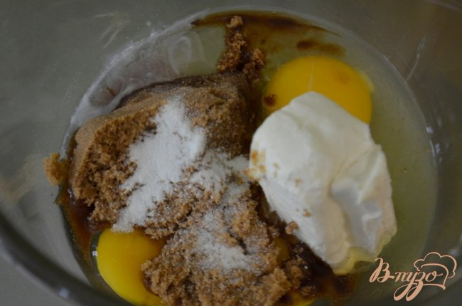 Фото приготовление рецепта: Блонди лимонный чизкейк шаг №4