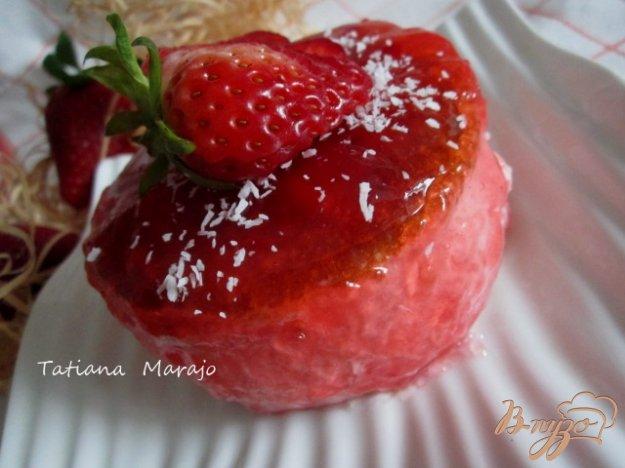 Рецепт Десерт из клубничного мусса
