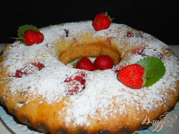 Рецепт Творожный кекс-пирог с клубникой