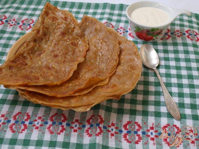 Фото приготовление рецепта: Голландские блины с сыром шаг №7