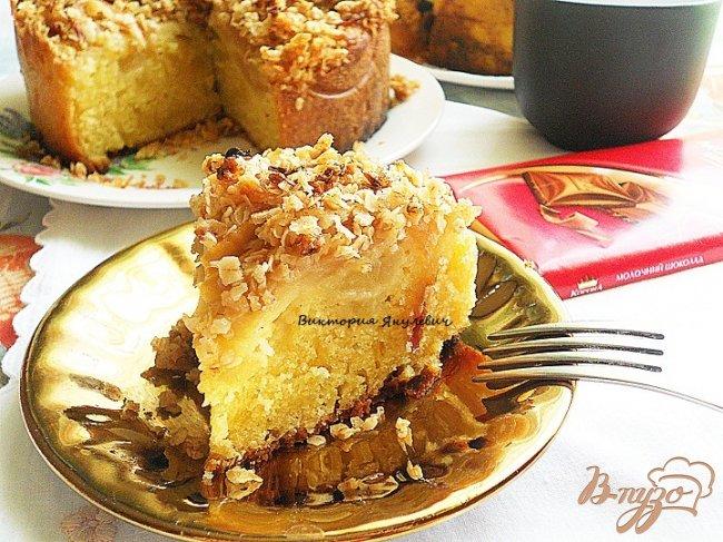 Фото приготовление рецепта: Яблочный кекс с корочкой шаг №7