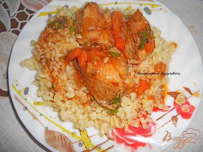 Фото приготовление рецепта: Мясо с овощами и булгуром шаг №6