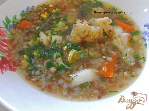 фото рецепта: Гречневый суп с цветной капустой и яйцом без картофеля