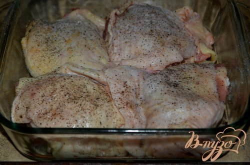 Куриные бедрышки  в уксусно-чесночном соусе