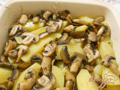 Запеченный картофель с грибами