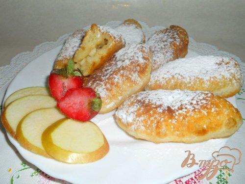 Быстрые творожные пирожки с яблоками