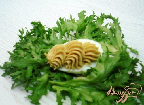 Яйца фаршированные грибной пастой
