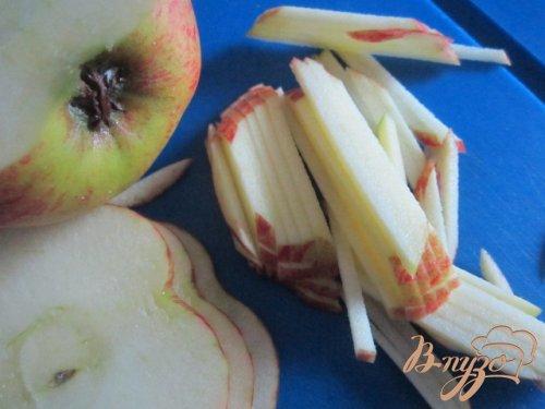 Салат из капусты и яблока