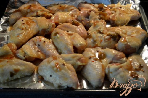 Куриные крылышки с кленовой глазурью