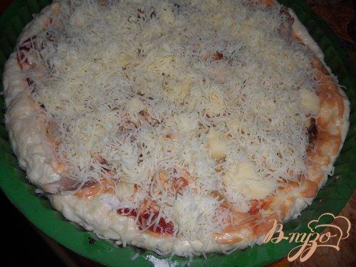 Пицца с курицей и сулугуни