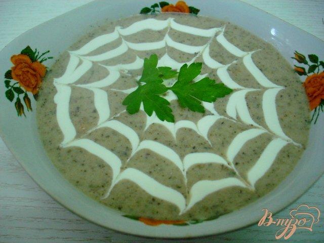 Фото приготовление рецепта: Грибной суп пюре на сковороде шаг №8