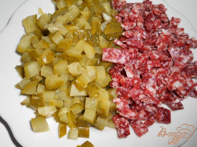 Фото приготовление рецепта: Солянка с копченой колбасой шаг №2