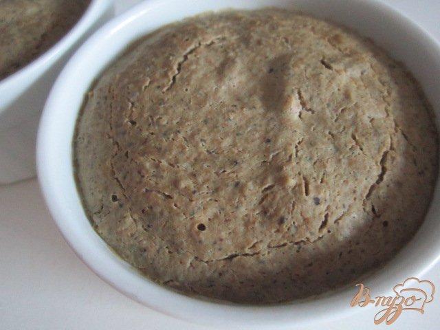 Фото приготовление рецепта: Печеночный паштет с вишневым желе шаг №6