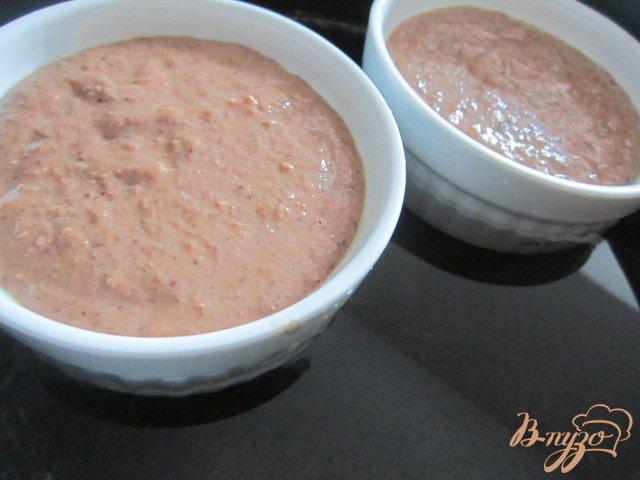 Фото приготовление рецепта: Печеночный паштет с вишневым желе шаг №5