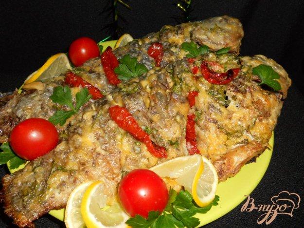 Рецепт Караси запеченные под сыром и сметаной